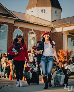 We're excited to welcome students and families to College For A Weekend at #LibertyUniversity! #CFAW (photo by @kevinmang)
