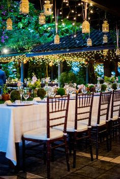 Love the hanging lanterns and twinkly lights | Bethany and Dan Photography