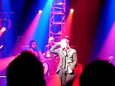 Kelly Clarkson cover of The White Stripes Seven Nation Army live in Dublin - All I Ever Wanted tour 2010 Seven Nation Army, The White Stripes, All I Ever Wanted, Kelly Clarkson, Dublin, Cover