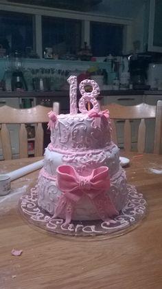 een sweet 18 taart