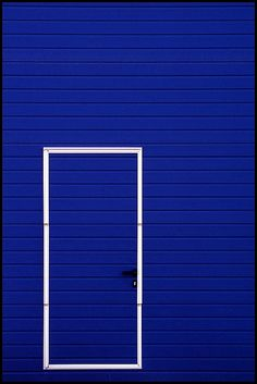 rectangled #doors Deep Blue, Im Blue, Pantone, Blue And White, Blue Walls, Blue Is The Warmest Colour, Azul Real, Warm Colors, Bleu Indigo