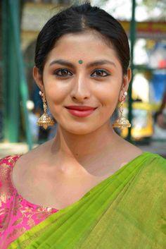 South Indian Actress GURU PURNIMA IMAGES, WISHES AND QUOTES IN HINDI PHOTO GALLERY    1.BP.BLOGSPOT.COM  #EDUCRATSWEB 2020-06-07 1.bp.blogspot.com https://1.bp.blogspot.com/-lk4-6JLpd2g/WVzKCj6Ds2I/AAAAAAAACEc/MqfaToR9SngAb-mdBHhBE7Tpisu1QUlagCLcBGAs/s320/101.jpg
