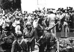 che-guevara-and-his-companions-20th-century-bolivia-picture-id535781803…