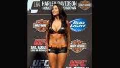 UFC 164: El campeón Benson Henderson vs. Anthony Pettis (FOTOS)