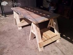 Office Desk From an Old Door & Pallets