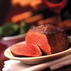 Premium Gold Angus - 6 Filet Mignon Steaks Handpicked for color, texture, and marbling, these Filet Mignons are then slowly wet-aged for a buttery Filet Mignon Steak, Beef Filet, Cooking The Perfect Steak, Gluten Free Restaurants, Gluten Free Menu, Filets, Steak Recipes, Fun Recipes, Food For Thought