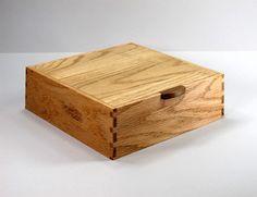 JMCraftworks: Oak Keepsake Box