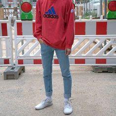 WEBSTA @ simple.fits - ⠀#SimpleFits  @choninlu▪️ #Adidas #Crewneck▪ #CA #Jeans▪ #Vans #Sneakers
