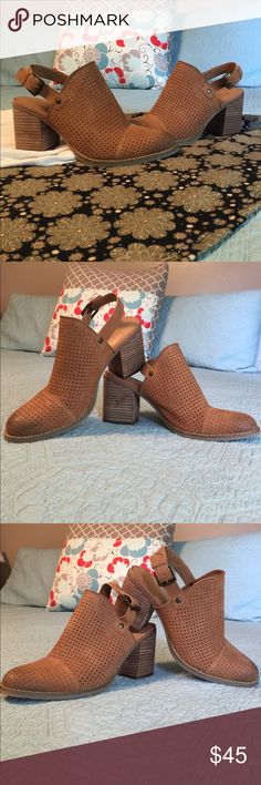 Franco Sarto Aubree Booties, 8.5 These gorgeous leather Booties have sat in my closet never to be worn. And I can't even say why! 🤔 They're super comfortable - even for gals like me who don't like heels! Give them the live they deserve! 😊 Franco Sarto Shoes Ankle Boots & Booties