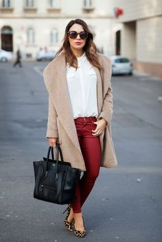 Cashmere in Style : Camel & Burgundy
