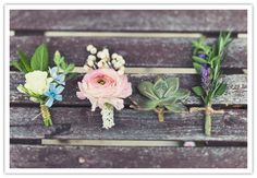 Lovely corsages, i dont know we will even do corsages but I really like these.