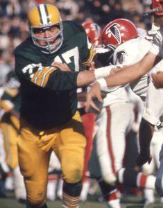Falcons Football, School Football, Sport Football, Football Helmets, Green Bay Packers History, Green Bay Packers Fans, Football Conference, Football Pictures, Vintage Football