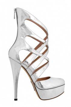 http://www.blog-chaussures.fr/2012/01/tendances-chaussures-printemps-ete-2012/ tendance chaussures printemps été 2012