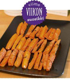 Keittiössä, kotona ja puutarhassa -blogin Minnan ihanan helpot paahdetut porkkanat nousivat viikon suosituimmaksi ohjeeksi. Rakuunalla, suolalla ja pippurilla maustetut porkkanatikut saavat uunissa ihanan paahtuneen ja sopivan makean maun.