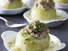 Kohlrabi mit Füllung ist ein Rezept mit frischen Zutaten aus der Kategorie Gemüse. Probieren Sie dieses und weitere Rezepte von EAT SMARTER!
