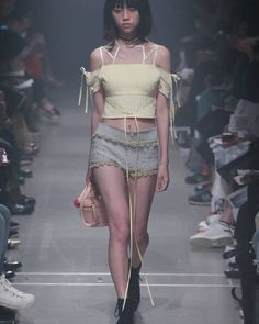 #akikoaoki  #tokyonewage #東京ニューエイジ #2016 #16SS #fashionsnapcom #fashion #mbtfw #jfw #絶絶命展 #絶命展 #creativity #collection #awai