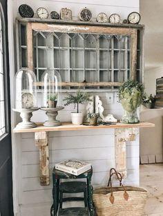 DIY Corbel Entryway Table #HomeDecor