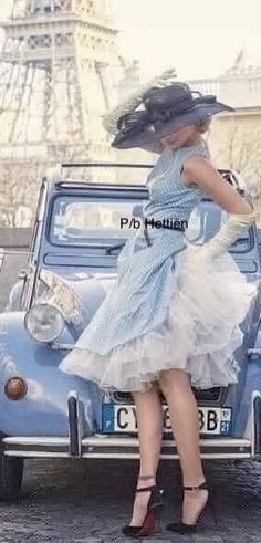 Parisian Chic Style, Something Blue, Street Chic, Blue And White, Yellow, Retro Vintage, Tulle, Classy, Delft
