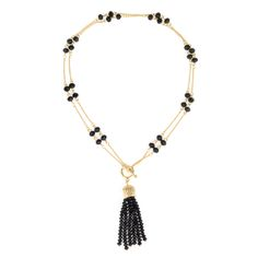 This necklace is a 2-in-1 piece. With a affordable price, you get two pieces of necklace! Great deal! Open up the toggle clasp, there you go! A long strand necklace.