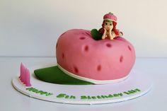 how to make fondant strawberry shortcake figurine | Strawberry Shortcake cake | Flickr - Photo Sharing!
