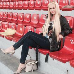 #EvaHenger Eva Henger: #blond #backblond #bionda #eva_henger #instagram #instamoment #iloveblond #blondgirl