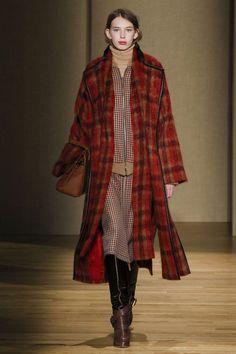 Agnona Autumn/Winter 2017 Ready-to-wear | British Vogue