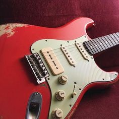 You are in a Music Band, playing Guitar, Drums, or just interested in Vintage Marhsall Amps, Gibson or Fender Vintage guitars? Check our Page and Create your Stageplot or Techrider for your Concert Online.
