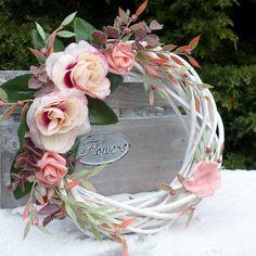 Flower Decorations, Wedding Decorations, Christmas Flower Arrangements, Wooden Wreaths, Vine Wreath, Deco Mesh Wreaths, Summer Wreath, How To Make Wreaths, Christmas Wreaths