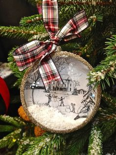 Could try to make this ornament with a mason jar lid with or without the glass.
