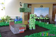 Decorations at a Minecraft Party #minecraft #partydecor