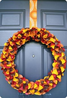 Diy Paper Wreath For Fall Link Also Has Lots Of Other Ideas