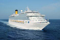 Le Magica, Costa Capacité: 3470 passagers #croisière #croisierenet.com #voyage #bateau #costa