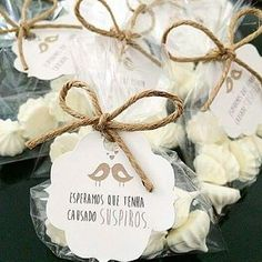 7 doces para substituir o bem casado no casamento Trendy Wedding, Diy Wedding, Wedding Gifts, Dream Wedding, Wedding Day, Rustic Wedding Favors, Wedding Decorations, Simple Weddings, Marry Me