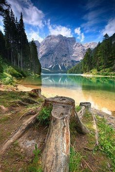 lake braies dolomiti italy