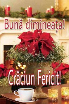 Christmas Wreaths, Christmas Decorations, Table Decorations, Holiday Decor, Vintage Christmas, Merry Christmas, Good Morning Gif, December, Greeting Cards
