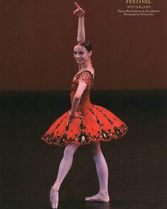 Ballet Tutu, Ballet Dance, Ballet Skirt, Red Tutu, Ballet Costumes, Ballerinas, Dress Ideas, Spanish, Sleeves