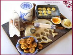 delicious looking homemade scones~~My tiny world: Dollhouse miniatures