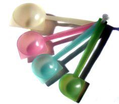 Vintage Tupperware Measuring Spoons
