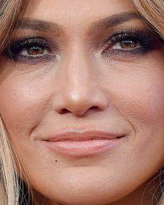 THIS CLOSE UP [#JenniferLopez #JLo #JLovers] {©@jlotailz}