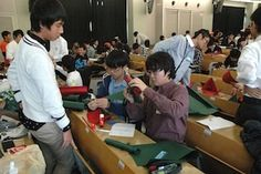 エッグドロップ甲子園2012 エッグプロテクター制作中! #エッグドロップ #eggdrop High School Students, Science, Japan, Science Comics