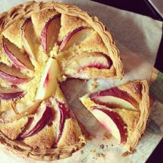 peach and hazelnut cream tart