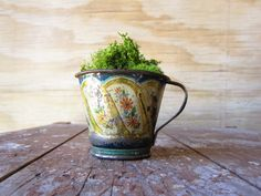Small Vintage Tin Cup
