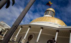 La Asamblea Nacional (AN) aprobó por mayoría calificada el proyecto de acuerdo de restitución de la Constitución de la República Bolivariana de Venezuela, del orden institucional y la democracia. La sesión extraordinaria fue convocada por la junta directiva del parlamento...