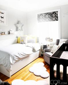Neutral nursery with twin bed