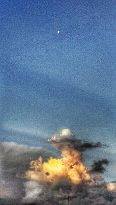 Cogumelo de Nuvens e Lua Fev. 2016