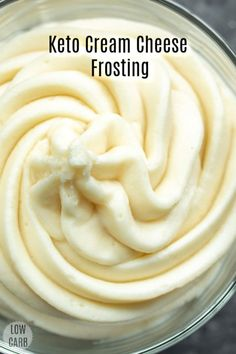 This low carb Keto Cream Cheese Frosting is a sugar-free cream cheese frosting that is LCHF and perfect topping for low carb desserts. This low carb cream cheese frosting is made with Swerve and is the BEST keto cream cheese frosting for low carb cookies, Desserts Keto, Keto Friendly Desserts, Easy Keto Dessert, Carb Free Desserts, Low Sugar Desserts, Sweets Recipes, Keto Snacks, Cheese Recipes, Easy Desserts