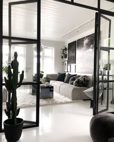 Everything you need of light and design with our design walls and doors. Everything you need of light and design with our design walls and doors. Scandi Home, Scandinavian Home, Decor Interior Design, Furniture Design, Interior Decorating, Wall Design, House Design, Shabby, Exterior Design