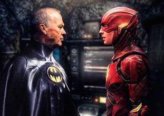 Sci Fi Movies, New Movies, It Movie Cast, It Cast, Batman Trailer, Michael Keaton Batman, Tim Burton Batman, The New Batman, Movie Synopsis