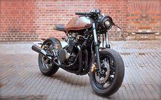 Honda CBX750 Cafe Racer by Unikat Motorworks #motorcycles #caferacer #motos | caferacerpasion.com