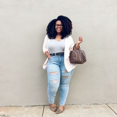Plus size women find it hard to select the best outfits for themselves that fit their body perfectly. It is indeed challenging to purchase the best outfits Plus Size Fashion For Women, Plus Size Women, Plus Fashion, Fashion Stores, Fashion Brands, Fashion Websites, Fashion Edgy, High Fashion, Fashion Dresses